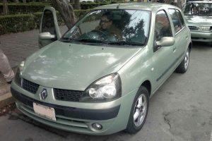 Renault Clio verde en renta en la Ciudad de Mexico