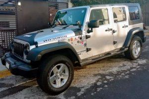 Jeep wrangler plata en renta en CDMX
