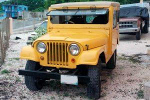 Jeep clasico amarillo en renta en la Ciudad de México