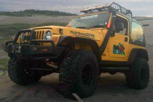 Jeep amarillo wrangler en renta en CDMX