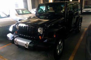Jeep Sahara negro en renta en la Ciudad de México