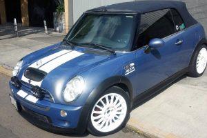 Mini Cooper Convertible en renta en CDMX