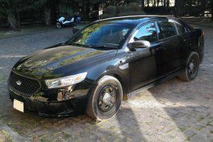 Patrulla Ford Police Interceptor negro en renta en la Ciudad de Mexico
