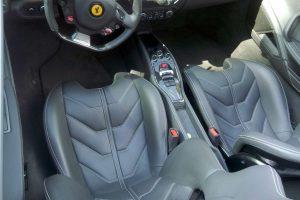 Ferrari 458 Spider gris en renta en la Ciudad de México