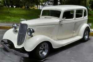 Renta Ford 1933 Blanco en la Ciudad de México
