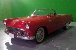 Renta Thunderbird 1955 Rojo Convertible en la Ciudad de México