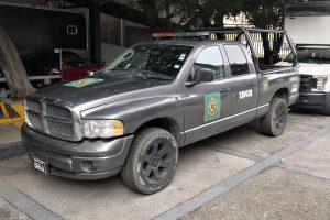 Renta patrulla pick up dodge ram gris en la ciudad de México