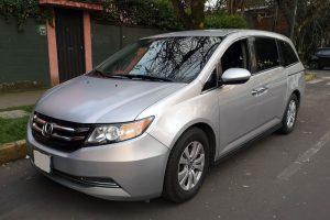 Renta Honda Odyssey Plata en la Ciudad de México