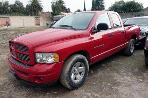 Renta pick up dodge ram roja en la ciudad de México