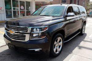 Renta Chevrolet Suburban Negra en la Ciudad de México