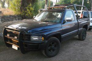 Renta patrulla Pick up dodge ram azul en la ciudad de México