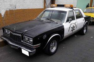 Renta patrulla 80's highway patrol para filmaciones en CDMX
