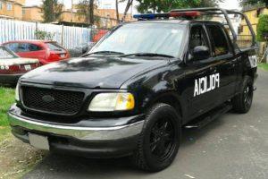 Renta patrulla ford pick up f150 negra en la ciudad de México