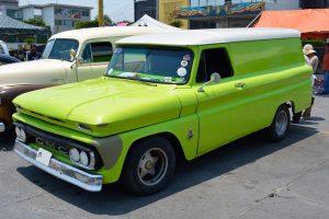 Renta chevrolet panel 1966 verde limon en la ciudad de mexico