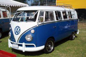 Renta combi vw azul con blanco 1965 en la ciudad de mexico