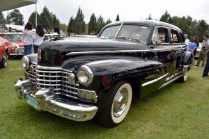 Cadillac 1946 negro en rental en la ciudad de mexico