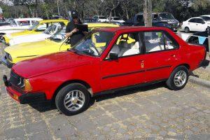 Renault T5 1600 1982 Rojo en renta en la Ciudad de Mexico