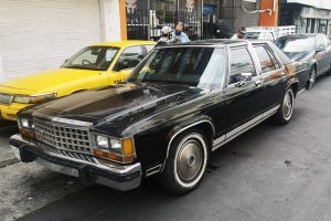 Ford Grand Marquis 1981 Negro